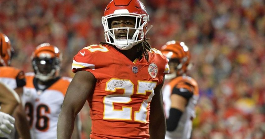 NFL News Kareem Hunt to Browns